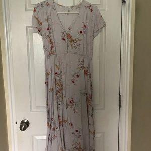 Dresses & Skirts - Floral Midi Dress